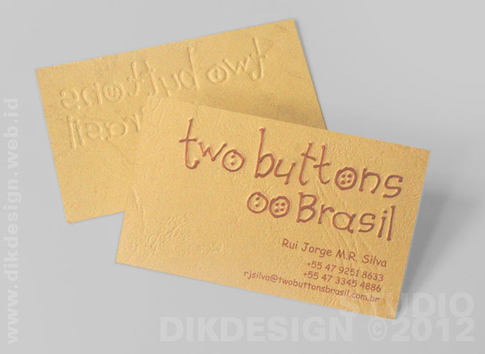 Two Buttons Brasil Card Design